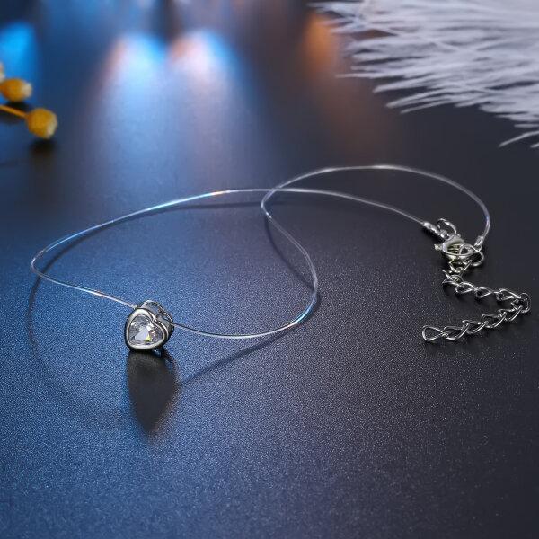 Halskette mit Herz Anhänger in Zirkon Silber