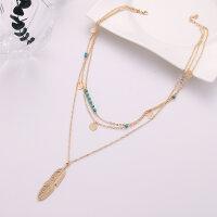 Halskette Mehrschichtig türkisfarbene Perlen mit Feder